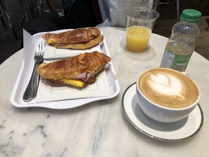 バンク―バー カフェ 朝食