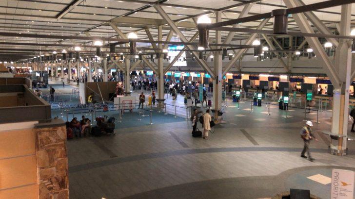 バンク―バー国際空港